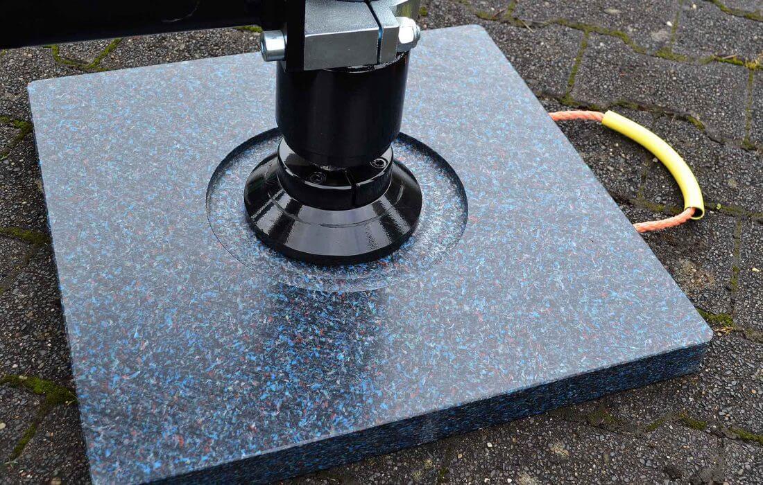 Anwendung Abstützplatte mit Stützfußeinfräsung