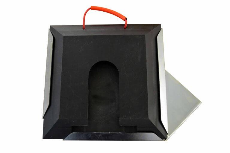 Steckplatte quadratisch schwarz mit Halter links