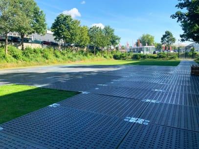 Schwerlastplatten als mobile Baustraße